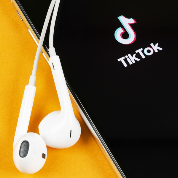 تیک تاک (TikTok)